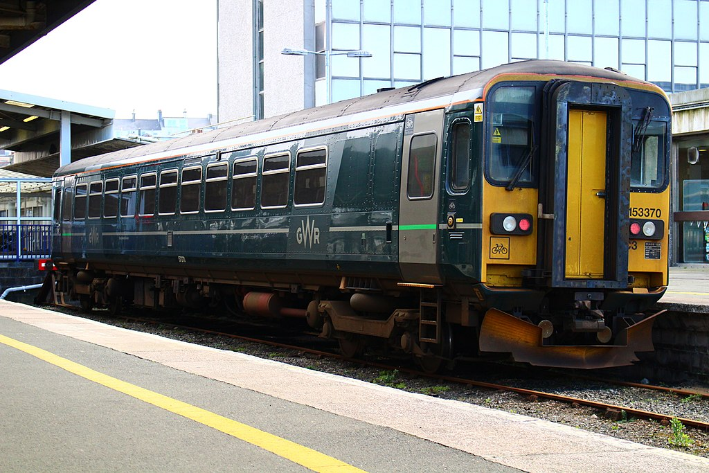 1024px-153370_Stabled_At_Plymouth._18.03