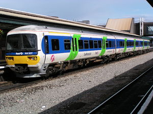 British Rail Class 166 - 166217 in Thames Trains livery with First Great Western Link branding.