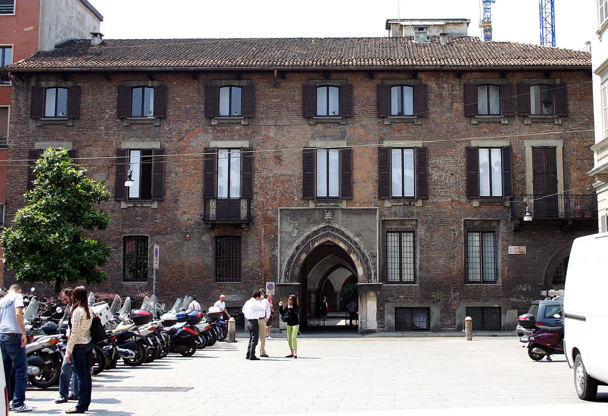 Palazzo borromeo milano wikipedia for Case a milano
