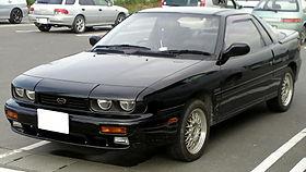 1990-1993 Isuzu Piazza 01.jpg