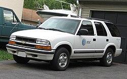 1998-2005 Chevrolet S-10 Blazer.jpg