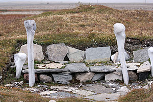 Resolute Bay - A small hut built some 600 years ago by the Thule people, ancestors of the Inuit, near the hamlet of Resolute it was restored by archaeologists.