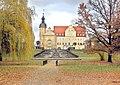20071104715DR Thallwitz Schloß Park Freitreppen Brunnen.jpg