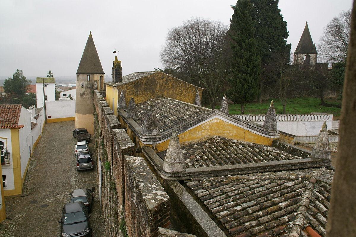 Castle of Viana do Alentejo - Wikipedia