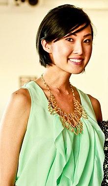 2010 Chriselle Lim's MakeMeOver Event (4809843163) (cropped).jpg