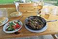 2014 Suchum, Abchaski posiłek (01).jpg