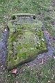 2015-02-17 Alter St.-Nikolai-Friedhof (Hannover), Reinigung Grabmal Jean Joseph La Croix (Fred Jaugstetter und Bernd Schwabe), (11).jpg
