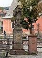 2016 Figura św. Jana Nepomucena w Nowej Rudzie (ul. Cmentarna) 2.jpg