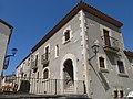 39 Casa al c. de Dalt, 2 - pl. Església (la Granada).jpg