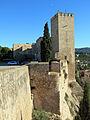 490 Castell de la Suda (Tortosa), la torre mestra des de la torre de Túbal.JPG