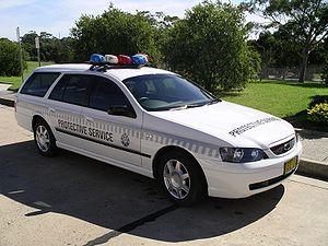 Australian Protective Service - Pre 2004 APS Patrol car