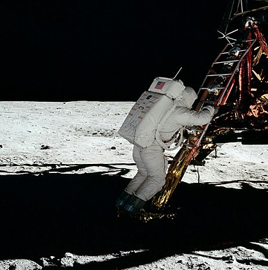 Moon landing conspiracy theories - Wikiwand
