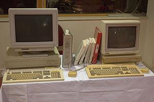 RISC iX - Acorn A680 and Acorn R140