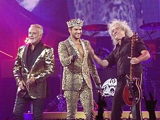 Queen + Adam Lambert - Image: Adam Lambert Queen 7 1 14 SJ