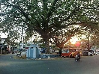 Adoor - Adoor central junction
