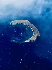An aerial photo of the west side of Molokini