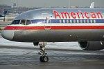 American Airlines Boeing 757 in 2008.jpg