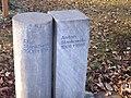 Anton Stankowski Entwurf Grabmal (Sie und Er).jpg