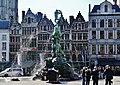 Antwerpen Grote Markt Brabobrunnen 4.jpg