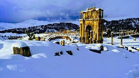 قوس نصر كراكلَّا بمدينة جميلة الأثريَّة