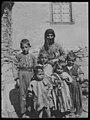 Armenisk enke med barn - fo30141712180002.jpg