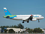 Aruba Airlines Airbus A320-232 (P4-AAD) at Miami International Airport (24154940550).jpg