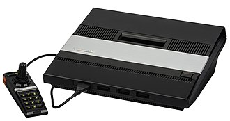 Second generation of video game consoles - Image: Atari 5200 4 Port w Controller L