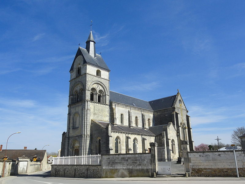 Vue de l'église Saint-Rémi d'Athis.
