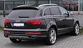 Audi Q7 V12 TDI quattro Facelift rear 20101017.jpg