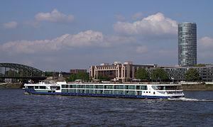 Avalon Panorama (ship, 2011) 007.JPG