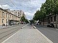 Avenue Berthelot (Lyon) en mai 2019 (direction Est au niveau du Centre Berthelot).jpg