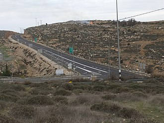 Highway 60 (Israel) - View northward at Asaf Junction (Route 466)