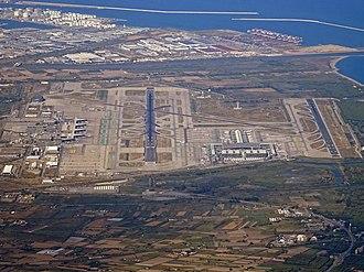 Barcelona–El Prat Airport - Image: BCN AIRPORT FROM FLIGHT BCN ORY A320 EC MLE (43952944862)