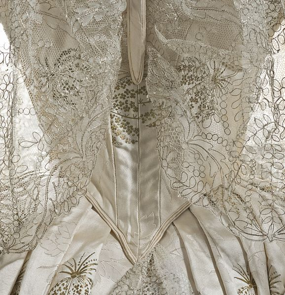 File:Ball Dress LACMA M.2007.211.872a-b (7 of 7).jpg