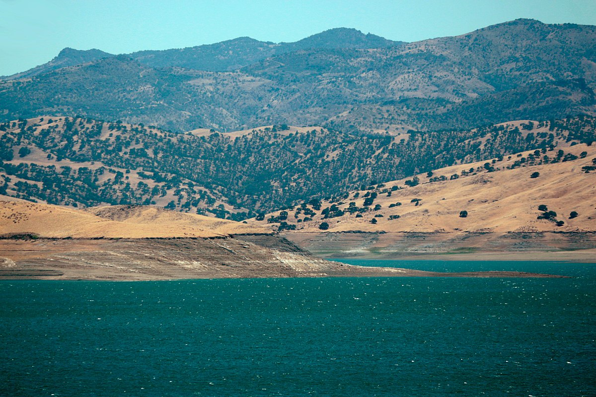 San Luis Reservoir State Recreation Area - Wikipedia