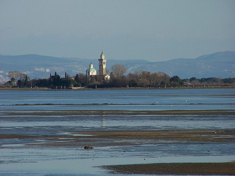 La laguna di Grado con Barbana sullo sfondo