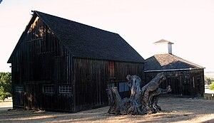 Rancho Olompali - Image: Barns, Rancho Olompali, Olompali State Historic Park, Novato, CA 7 11 2010 6 55 41 PM