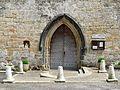 Bars (24) église portail.JPG