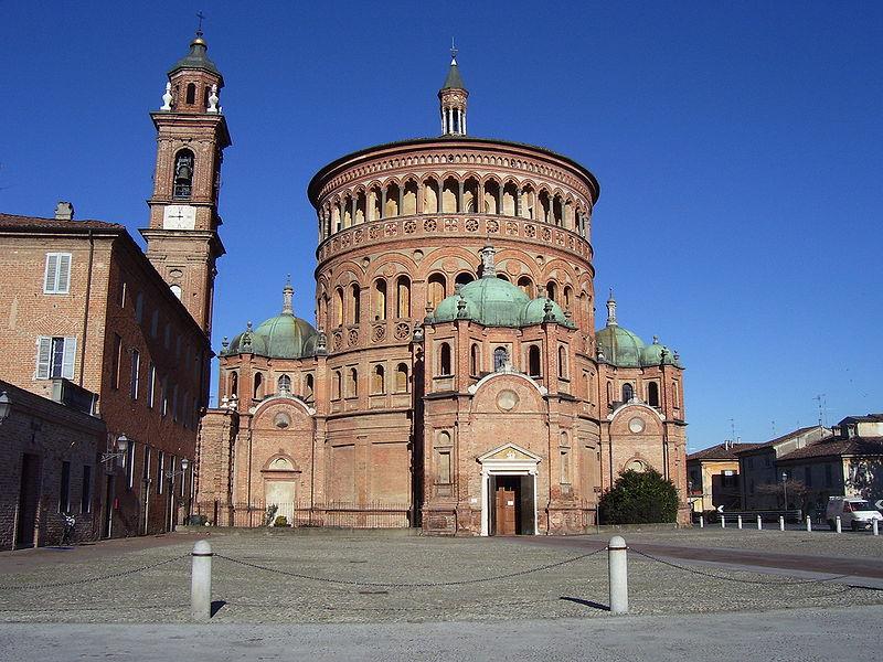 Базилика Санта Мария делла Кроче в городе Крема, Италия