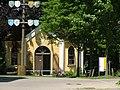 Beim Eingang zur Regens Wagner Stiftung - panoramio.jpg