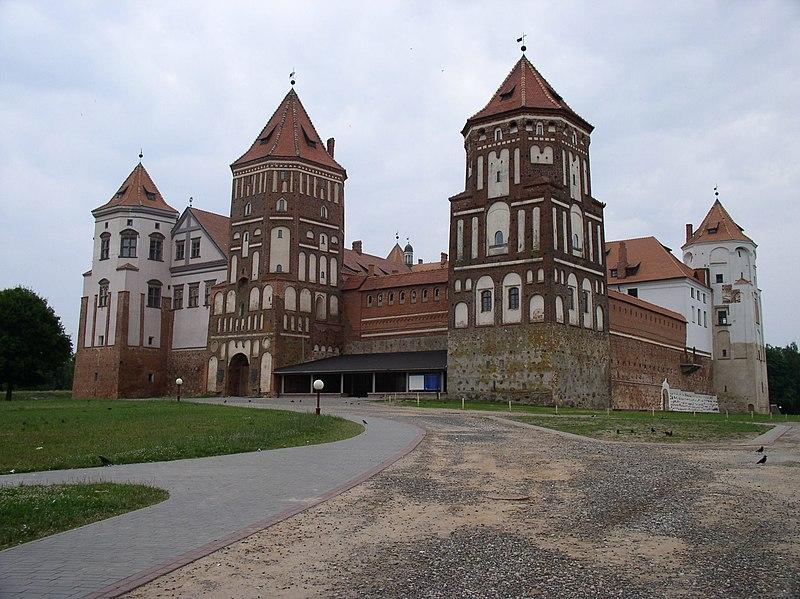 Súbor:Belarus-Mir-Castle-2.jpg