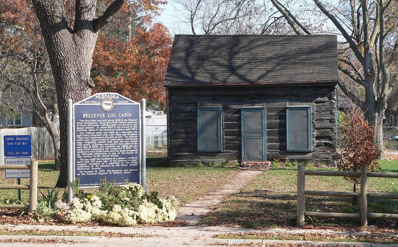 Datei:Bellevue, Nebraska log cabin from W 3.JPG – Wikipedia