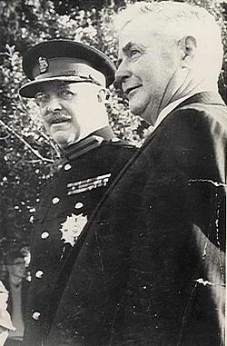 Bernard Fergusson and PK Robinson.jpg