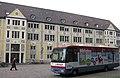 Bibliobus aus Mulhouse vor der Stadtbibliothek Freiburg 2.jpg