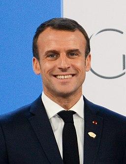 Bienvenida Oficial - Presidente Emmanuel Macron (31191089627) (cropped)