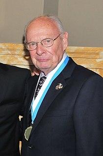 Bill Schonely in April 2013.jpg