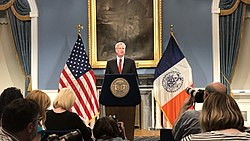 Bill de Blasio Blue Room NYC City Hall (cropped 2)