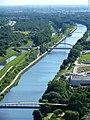 Blick vom Gasometer Oberhausen auf Emscher und Rhein-Herne-Kanal mit der Tausendfüßlerbrücke, Brücke der L 450 Osterfelder Straße, die Ripshorstbrücke und die Kanalbrücke Einbleckstraße - panoramio.jpg