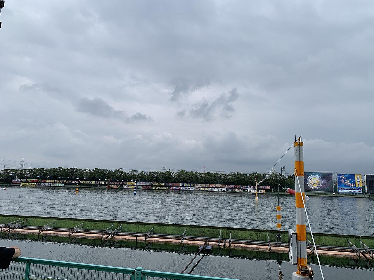レース 多摩川 ボート
