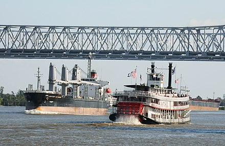 The steamboat Natchez operates out of New Orleans. Boats on the Mississippi (2965404740).jpg